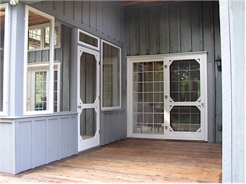 middlesex screen door example